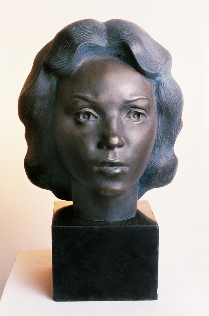 Cabeza de mujer 1981 330x250x300